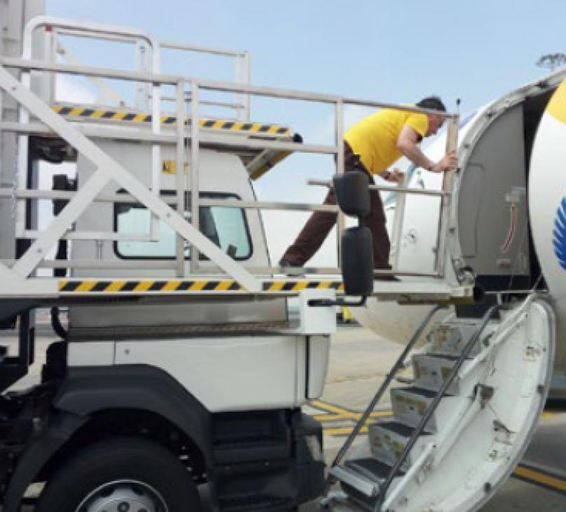 AMBULIFT - AVIACION REGIONAL
